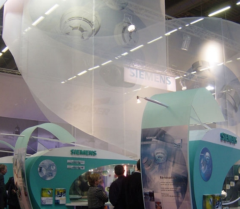 Translucent screen material for exhibitions